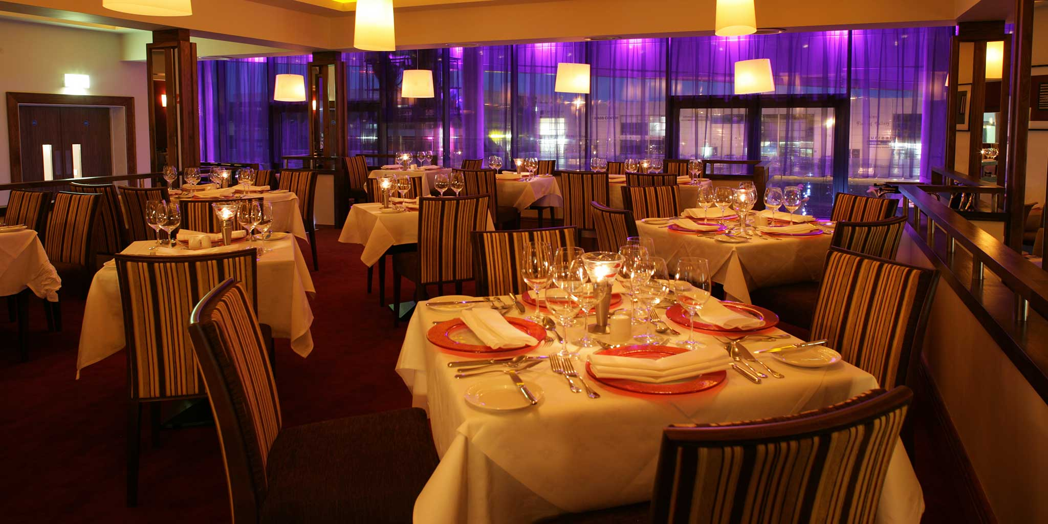 tribes-restaurant-at-the-clayton-hotel